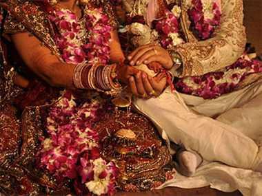 bride takes bold decision