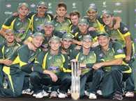 Australia defeat England in tri series final courtesy Maxwell