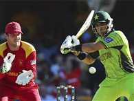 Misbah-ul-Haq and Wahab Riaz help Pakistan to 235 against Zimbabwe