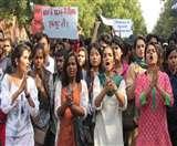 गुजरात की यूनिवर्सिटी में भी भिड़े छात्र संगठन