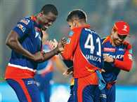 IPL 9: Fun dressing room is helping Delhi play well this year, says Carlos Brathwaite