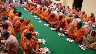 langar was arranged on ganga dusshera