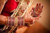 bride run away with the Lovers of the way for Having departed in-laws