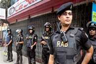 Gunmen attack restaurant in Dhaka