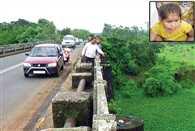 6 year old clings to life for 11 hours after dad throws her in river in Thane