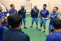 Kohli gave special message to team mates for victory