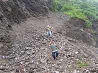 Kalsi Chakrata Road Block By Landslide