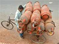 non- subsidised domestic LPG rates reduced by Rs 25.5 per cylinder
