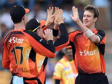 Lahore Lions gives Dhoni ticket to semifinals