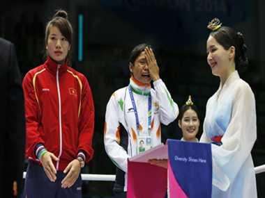 Sarita Devi returns her bronze medal