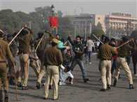 Villagers Threw Stones At Police Station, Police Baton