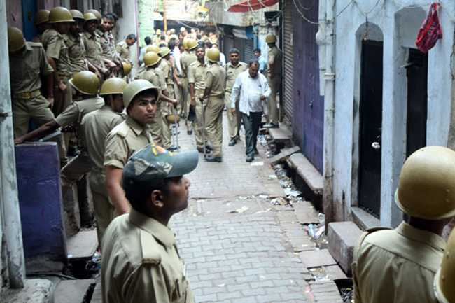 Police Raid In Red Light Area In Allahabad, 120 Women Released