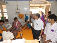 Deputy Superintendent of the hospital to inspect the