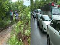 Haldwani Ramnagar highway blocked as heavy rainfall triggers landslide in Uttarakhand