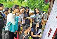 DU admission:  Enrolled in the first cut-off date will not miss