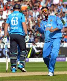 england gives india 207 runs target