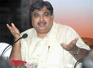 Govt to ensure passage of Motor Bill in next session: Gadkari