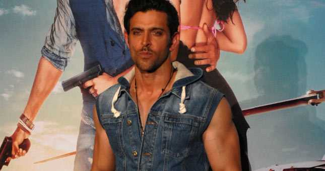 Hrithik manhandled by unidentified youth
