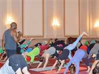 Yoga fever reaches Capitol Hill in US