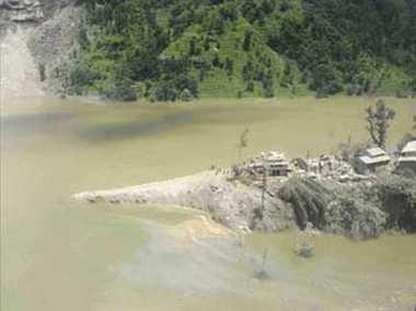 Landslides and floods claim 90 lives in Nepal