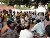 Panchayat order punishment to make bald young man and the minor girl's