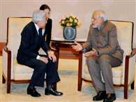 India offers red carpet to investors, no red tape: Modi