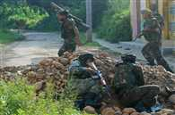 JK: Four militants and one paratrooper killed in Handwara encounter