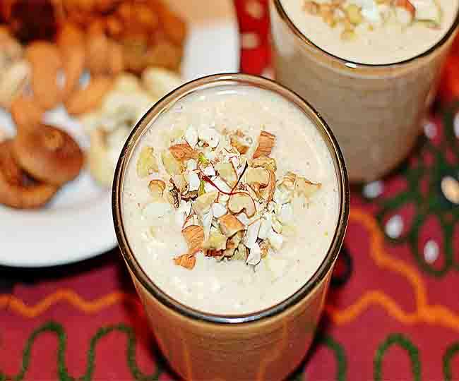 Have drifruit milk shake in fast