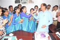 PM gives birthday greetings to Raghuvar Das