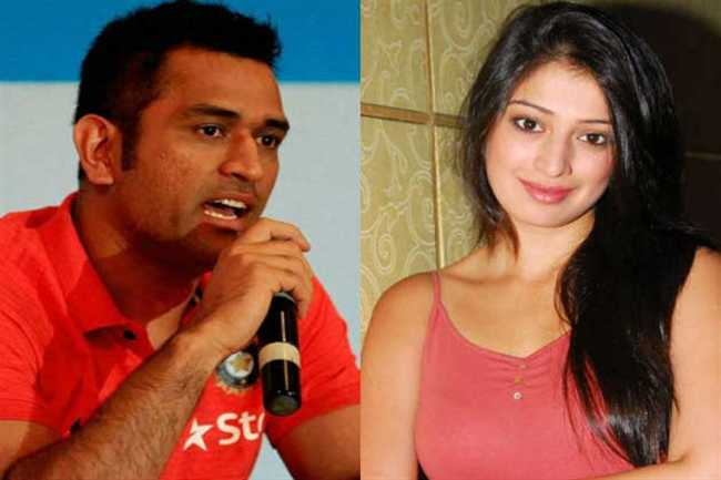 dhoni  was part of my life :Lakshmi Rai