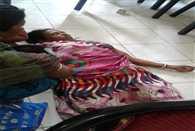 Death of daughter of Poor, village demand Bhoj