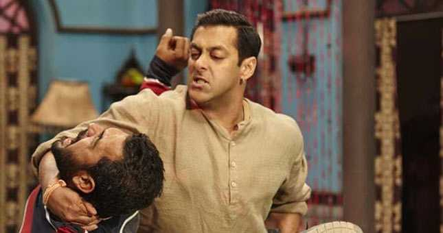 Salman performs kushti daav pench in Bajrangi Bhaijaan