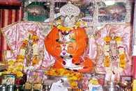 भक्त गणेशजी को लिखते हैं पत्र, दिन में दो बार पढ़कर सुनाते हैं पुजारी