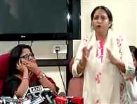 Uproar during DCW press conference in kumar vishwas case
