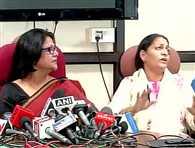 Uproar during DCW press conference in kumar vishwas case