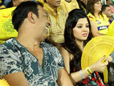 Vindu Dara Singh feels guilty for watching match with MS Dhoni's wife Sakshi