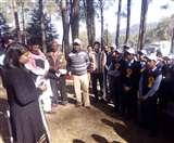 Cleaning campaign held in Smriti Van in ranikhet