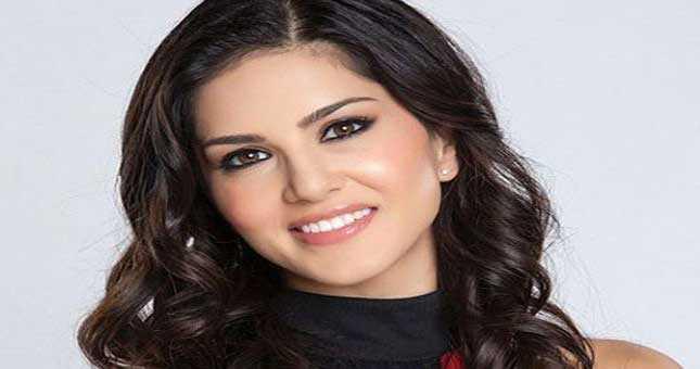 Sunny Leone Slaped her co star Rajneesh Duggal in a act