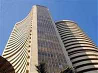 Nifty hovers around 8100, Sensex 600 pt weak
