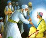 गुरु हरिगोबिंद सिंह ने शुरु की थी सिक्ख धर्म में शस्त्र परंपरा