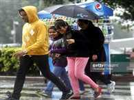 Light rain with strong winds in Delhi and NCR
