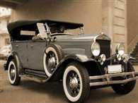 Antique cars een on Buddha international circuit