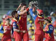 mitchell starc take 4 wicket against kings eleven punjab