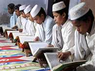 UP: now english and computer essential in madrasas, Hindi voluntary