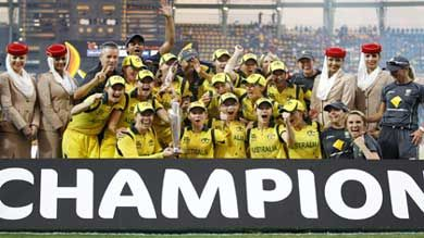 Australia Women Defends Title After Beating England By 4 Runs