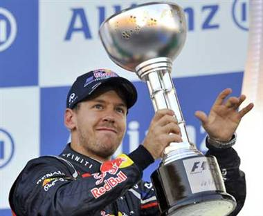 Vettel becomes champion in Japan