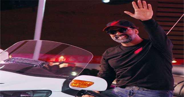 Akshay Kumar present in Auto Expo on sunday