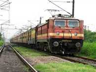 Awadh Assam Express derailed in Muzaffarpur, dozen people injured