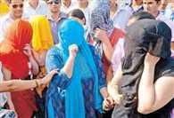 जानें, किसके शह पर दिल्ली में चल रही थी देह मंडी, कौन है असल गुनहगार
