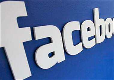 Facebook posts and tweets proving a helping hand for thieves